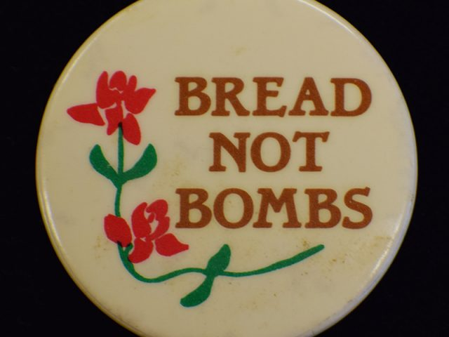 Breads not Bombs